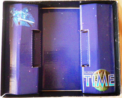 Illusion of Time - Caja package interior