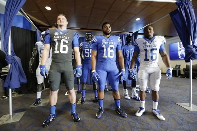 Kentucky uniforms 2016