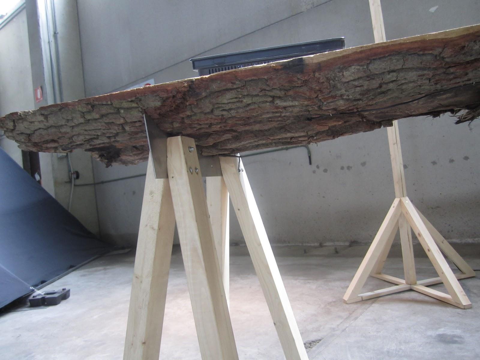 Tavoli in legno grezzo for Tavolo legno grezzo