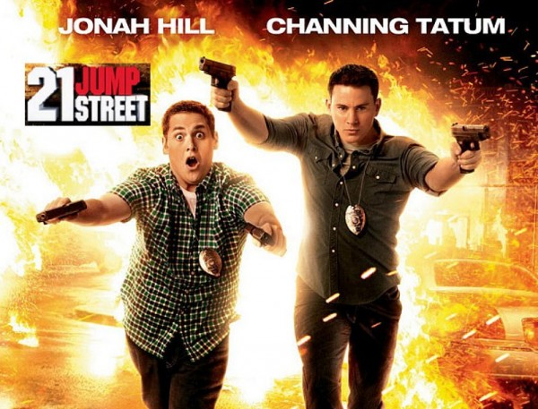21 Jump Street - explosion in background, Schmidt and Jenko shoot guns with both hands