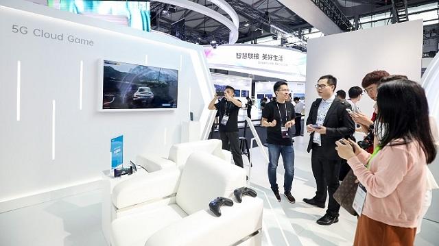 أوبو تكشف عن تقنياتها المخيفة في MWC Shanghai 2019