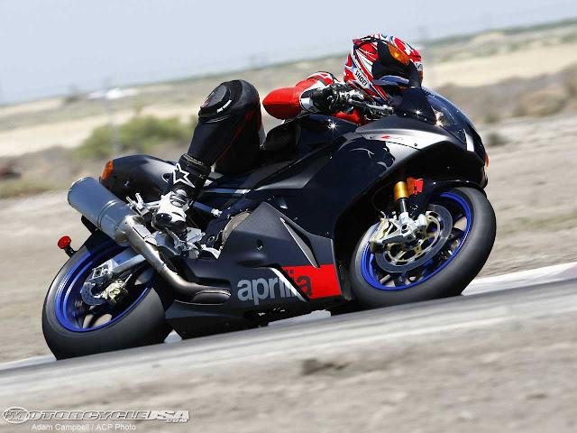 Aprilia RSV 1000R Stunt Pic, Images, Photos