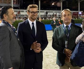 De izquierda a derecha; Santiago Varela, Simon Baker y Thomas Fuchs.