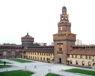 The inner courtyard of the Castello Sforzesco in Milan, which Galeazzo Maria Sforza turned into his luxurious home