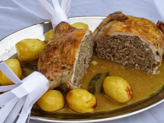 Pollo asado relleno de carne olla GM Ana Sevilla
