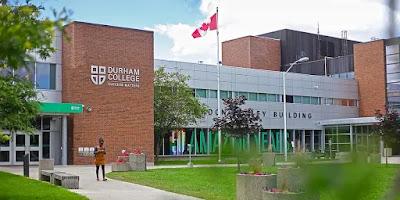 منح دخول إتقان اللغة الإنجليزية للطلاب الدوليين في كلية دورهام ، كندا