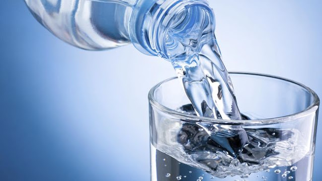 Mengapa Air Minum Baik untuk Kulit Anda