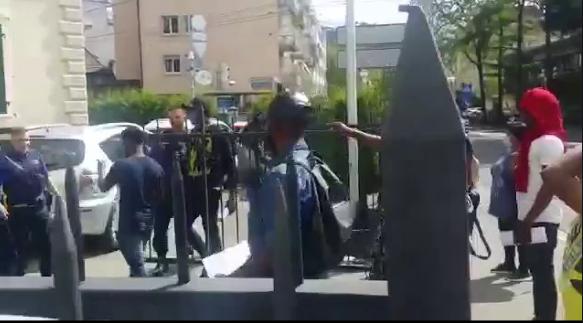 Nigerian Embassy In Switzerland Didn't Call Police On Nigerians - NIDCOM