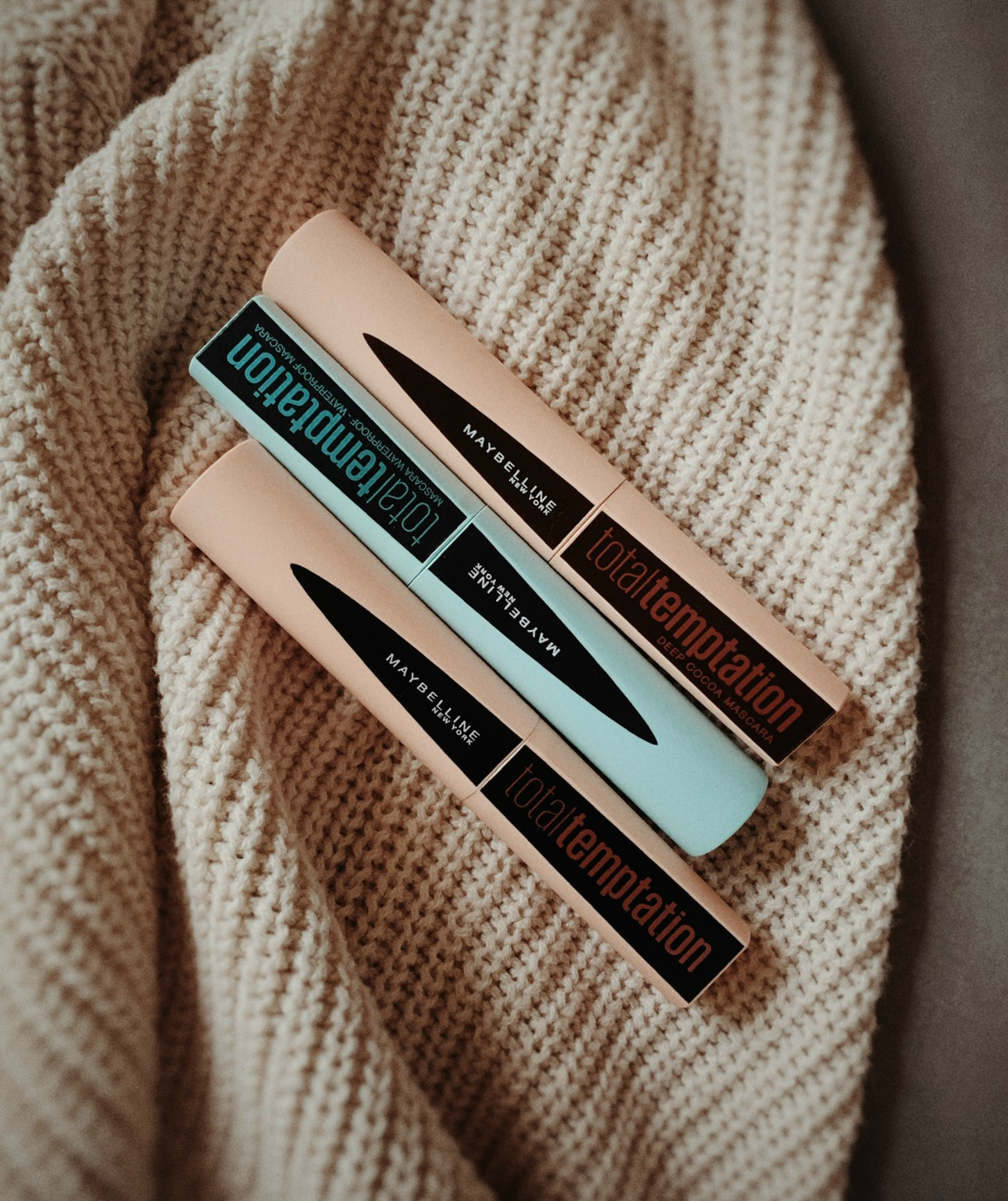 Maybelline Total Temptation Brown Deep Cacao Mascara