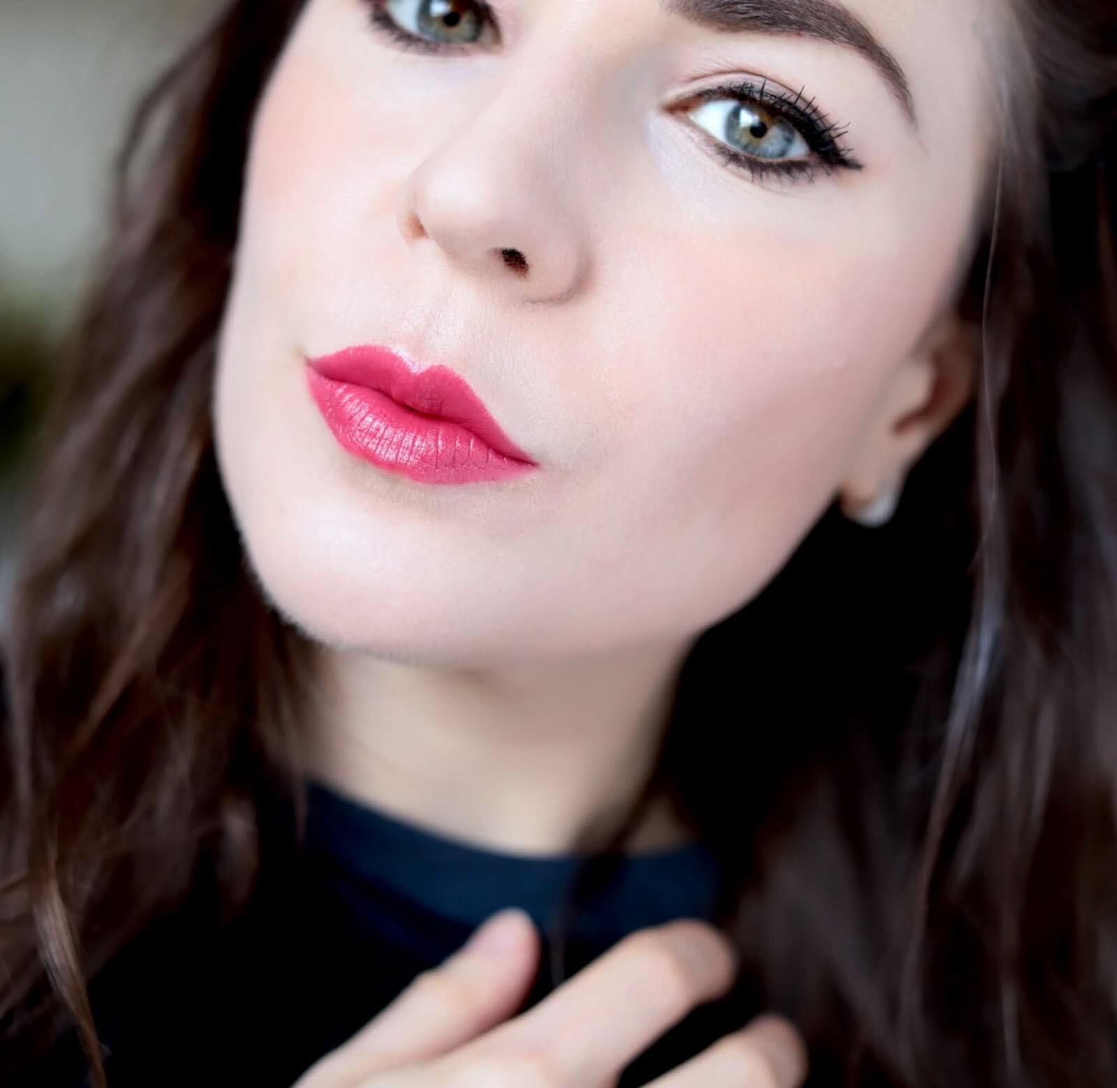 Chanel Rouge Allure 347 Camélia Fuchsia revue