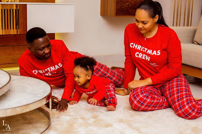 Tania Omotayo Husband Sumi and daughter Sarai Christmas shoot