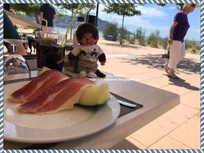 kiki monchhichi spain espagne catalogne paella jambon jamon