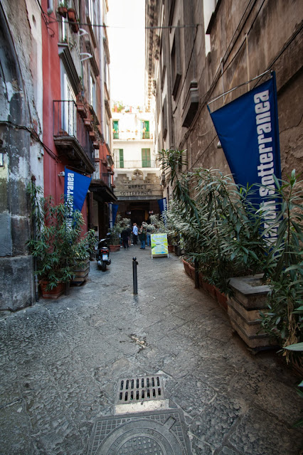 Napoli sotterranea-Via dei Tribunali-Napoli