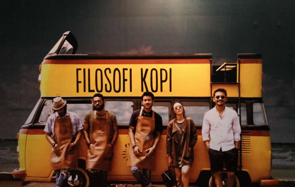 Filosofi Kopi (kompasiana.com)