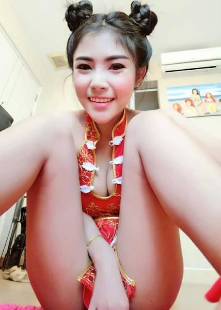 Thai Girl Celebrates Chinse New Year