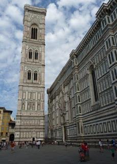 Catedral de Santa Maria del Fiore y torre-campanario de Giotto.