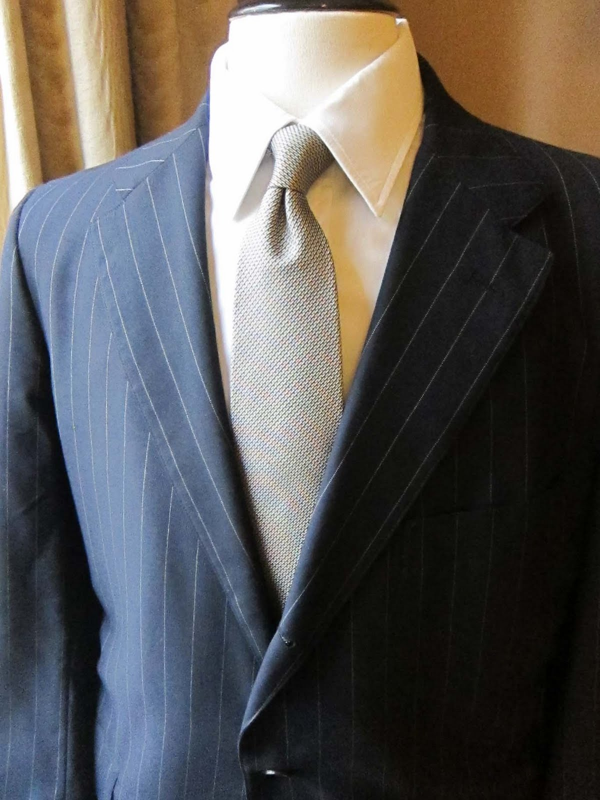 99750878027 The Trad  Selling Suits