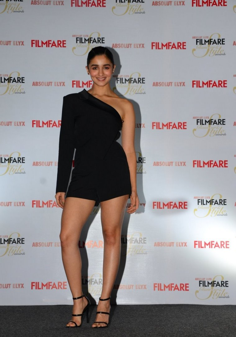Actress Alia Bhatt Long Legs Thighs Stills In Black Dress