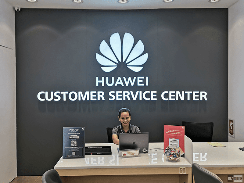 Huawei flexes, opens 150th store with service center in the Philippines
