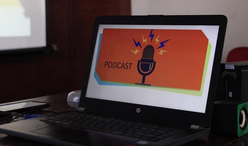 #ArisanIlmu KEB, Belajar tentang Apa Itu Podcast dan Bagaimana Cara Membuatnya?