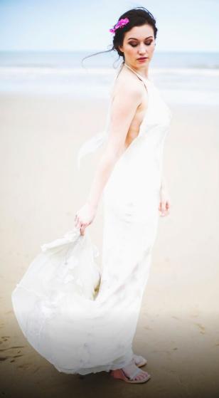A Sunny Seaside Wedding Photoshoot In Norfolk