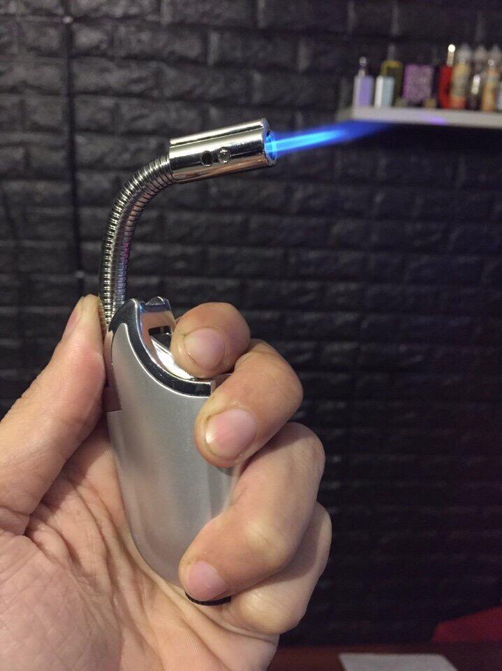 43k - Bật lửa vòi khò châm bếp có đèn pin giá sỉ và lẻ rẻ nhất