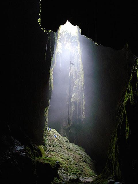 Eksotisme Gua Waitomo