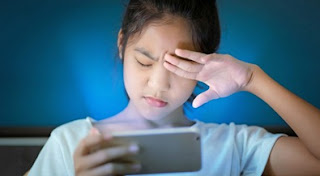 Bahaya Radiasi Cahaya Biru Bagi Kesehatan Mata
