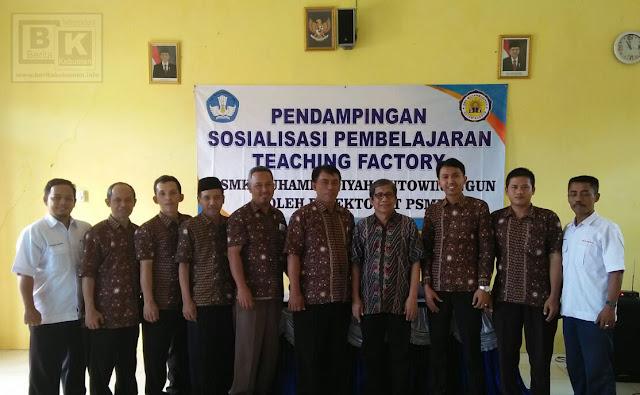 Kembangkan Teaching Factory (TEFA), SMK Muhammadiyah Kutowinangun Cetak Lulusan Siap Kerja