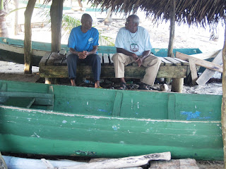 Belizean dugout canoe builders Leo and Francis Lewis