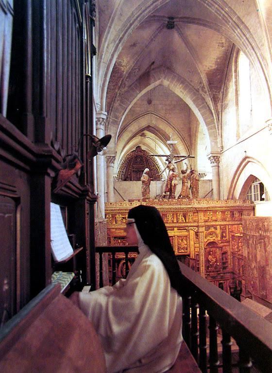 Nossa Senhora substitui a freira que fugiu do convento