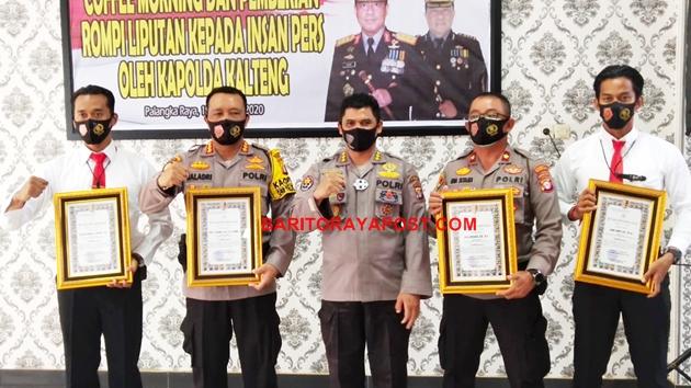 Berhasil Ungkap Kasus Pembakar Gedung Milik UPR, Polda Kalteng Berikan Penghargaan Untuk Polresta Palangka Raya