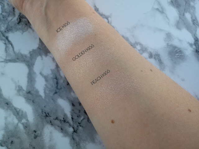 SKIN KISS  HIGHLIGHTER MAKEUP REVOLUTION