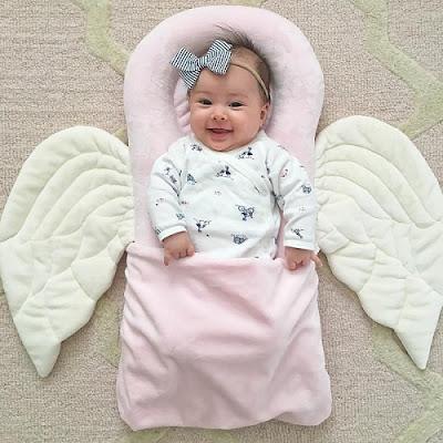 cute baby girl  छोटे बच्चों की फोटो चाहिए