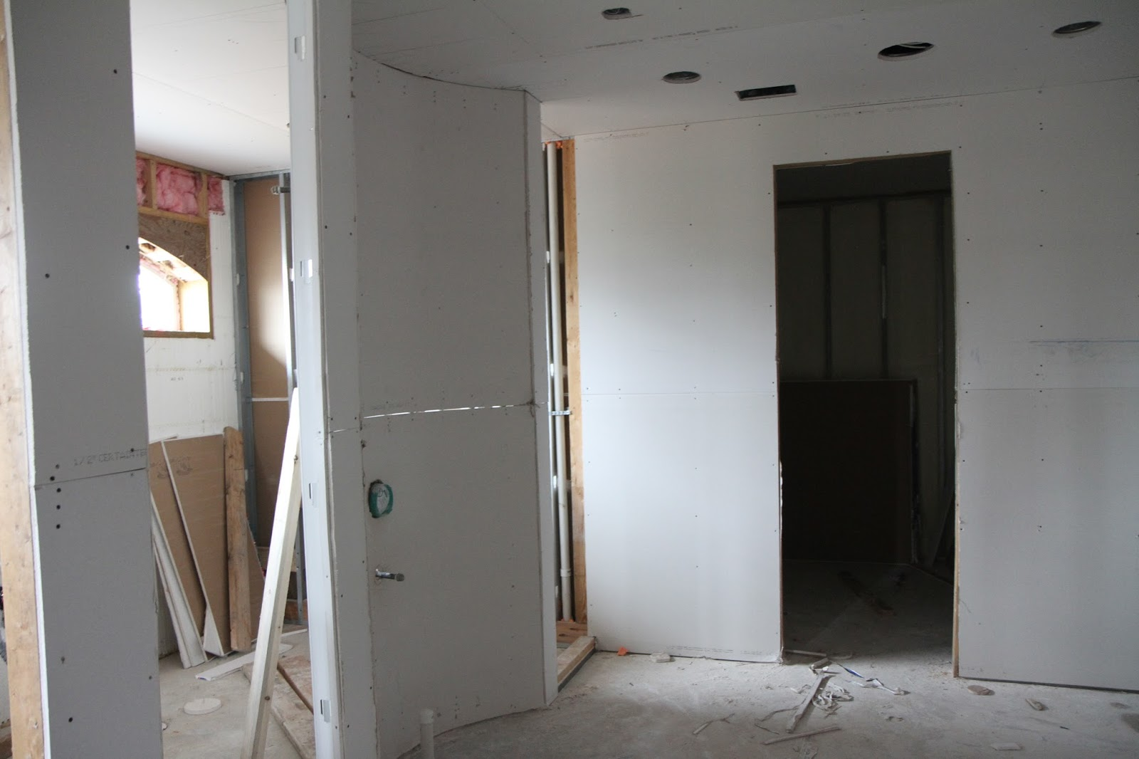 Our Lake Fortress: Drywall begins
