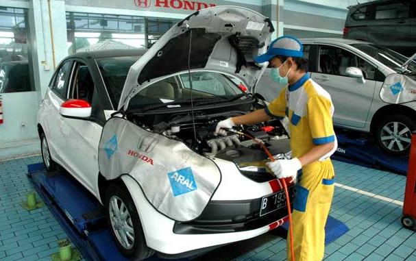 Macam-Macam Servis Motor di Bengkel Honda