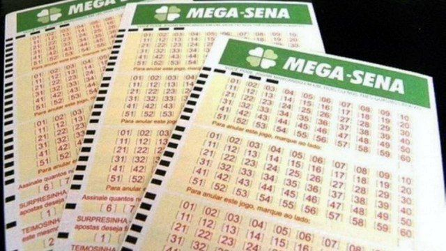 MEGA-SENA ACUMULA E PODE PAGAR R$ 40 MILHÕES NO SÁBADO - VEJA