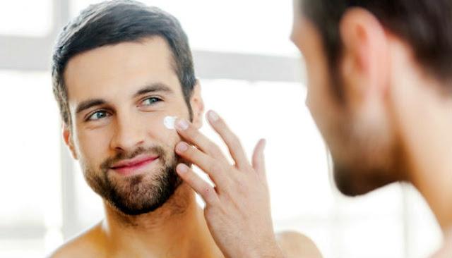 Cara Menghaluskan Kulit Wajah Pria yang kasar