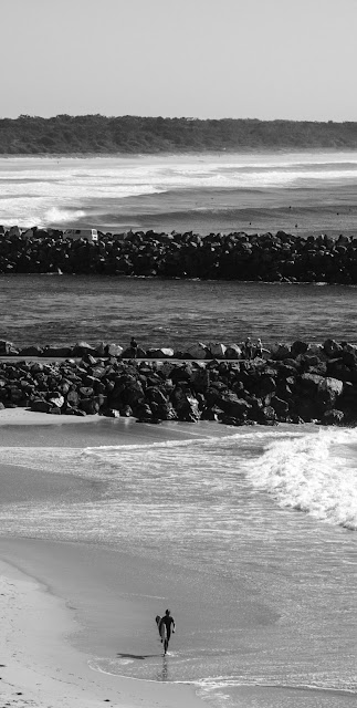ocean beach sea best black and white wallpaper 4k