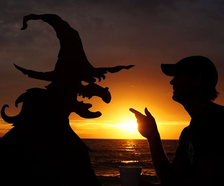 17-A-chat-with-a-Witch-John-Marshall-Sunset-Selfie-Photographs-with-Cardboard-Cutouts-www-designstack-co