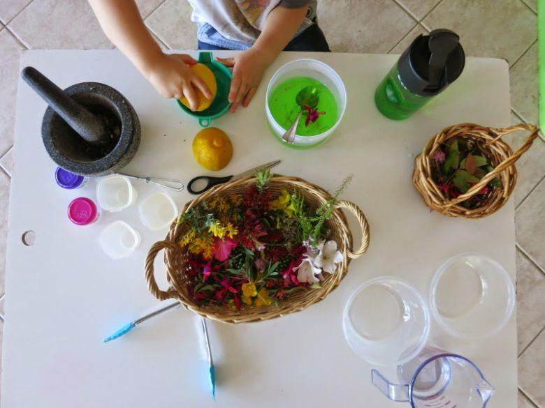 Spring sensory table for kids