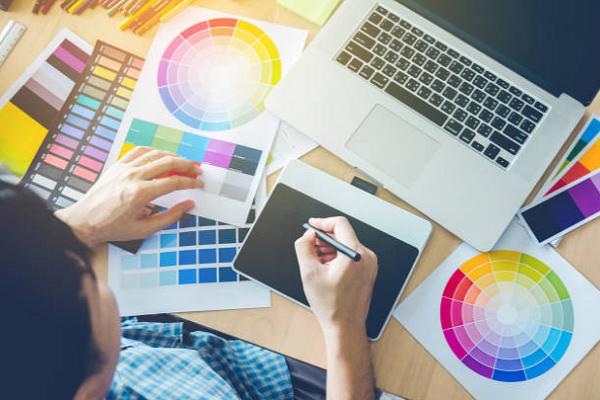Chuyên viên thiết kế đồ họa