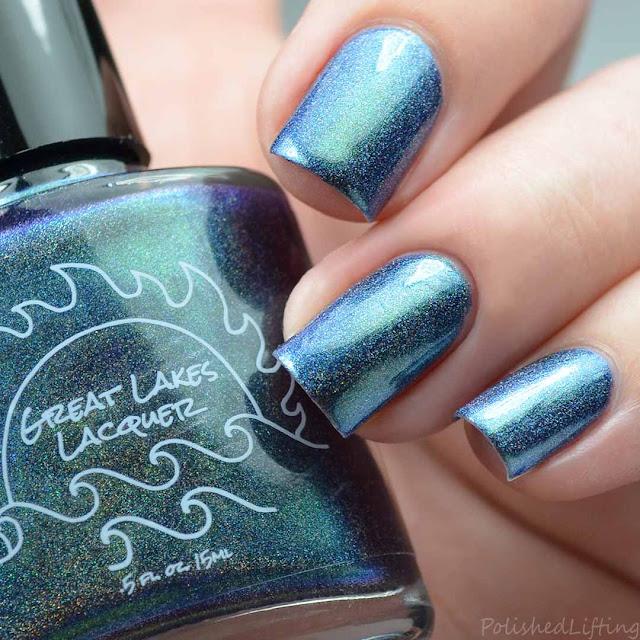 multichrome holographic nail polish