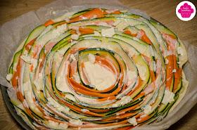 Tarte tourbillon de légumes - spirales de carottes, courgettes et feta - avant cuisson- Emilie Sweetness