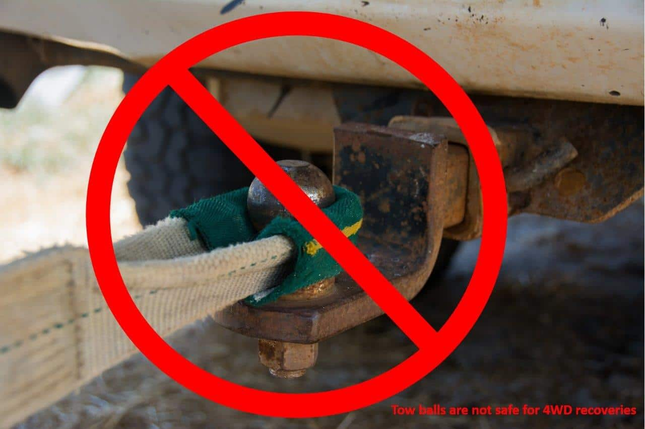 Tow-balls-are-not-safe-for-4WD-recoveries.jpg