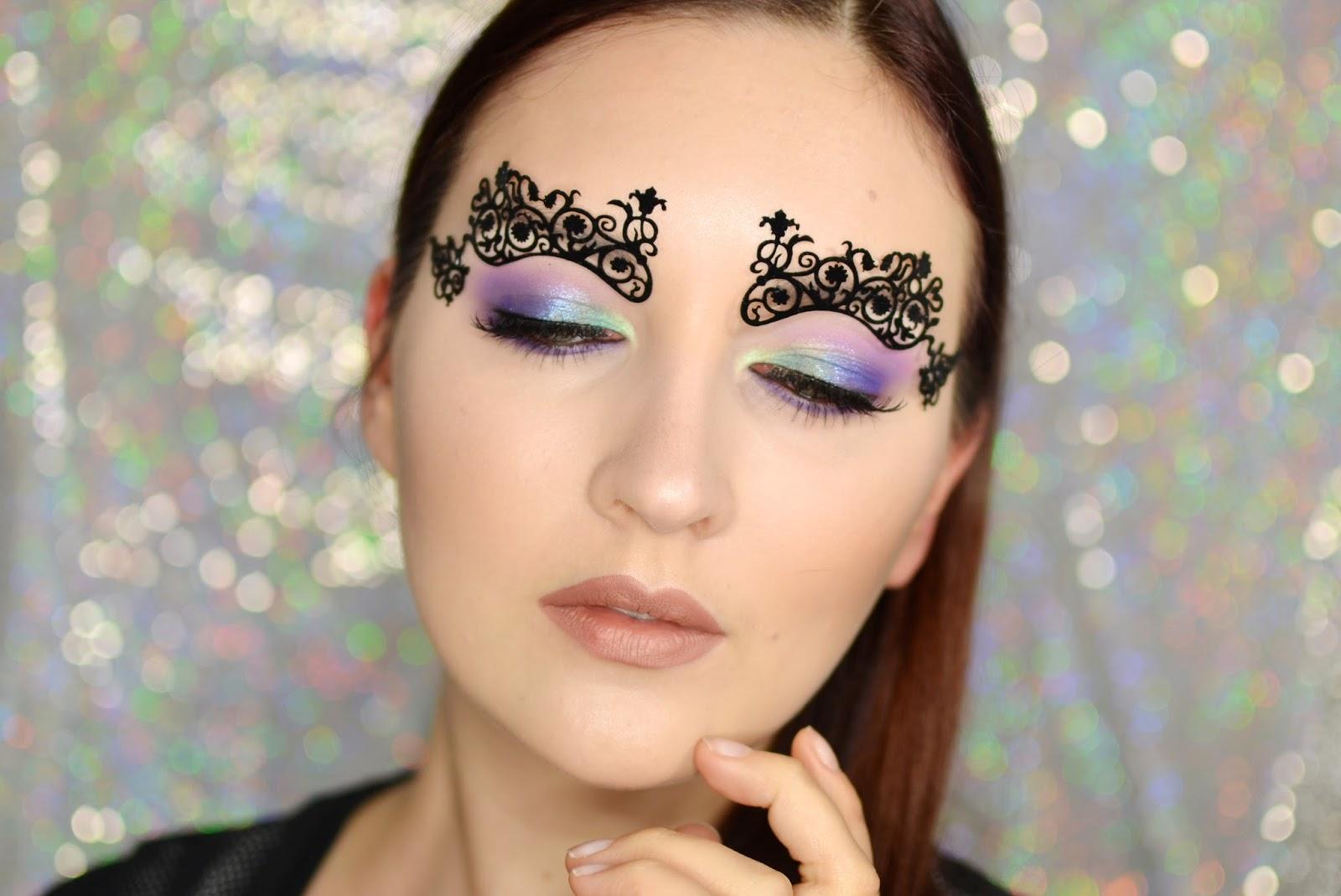 naklejka makijaż