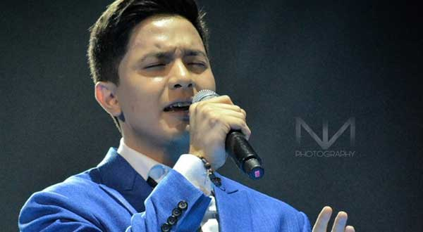 Alden Richards apologizes for losing his voice midway of his perfromance at an event