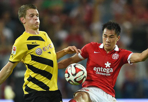 Shinji Okazaki ghi bàn ở phút thứ 66 của trận đấu