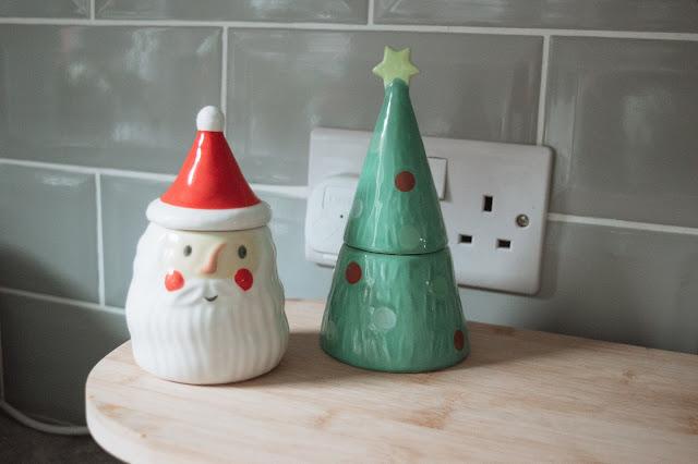 Christmas egg cups - Santa and a Christmas tree
