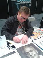 Comic Artist Russell Payne sketching at LSCC 2016